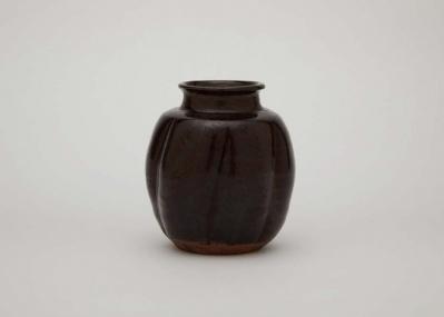 千 宗屋キュレーションの『茶の湯の美』展で、国宝級の名品を道具として見る新体験を。