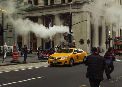 """写真家・長山一樹が""""1億画素""""で色鮮やかに切り取った、時空を超えて魅力を放つニューヨークの街角が必見です。"""