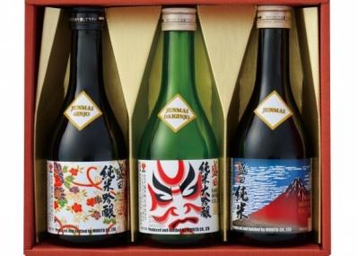 日本酒飲みくらべセットで、純米吟醸と純米大吟醸の違いを楽しもう。