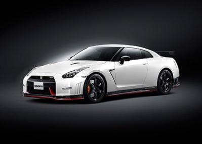 発売から7年を経て、GT-Rに究極のモデルが登場しました。