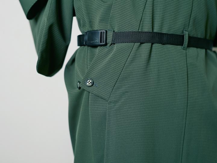 着物がスポーツウエアに !?  ハイテク素材で帯もいらない「OUTDOOR*KIMONO」を、アクティブに着こなそう。