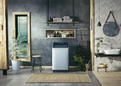 """""""タテ型洗濯機""""が美しく進化! デザイン性と高機能とを兼ね備えた注目モデルの登場です。"""