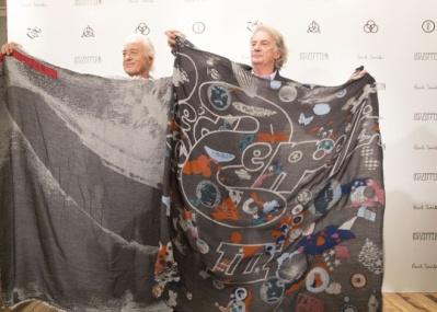 「レッド・ツェッペリン」のアルバムカバーアートを、ポール・スミスが限定スカーフに。