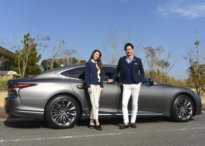 高級車づくりは難しい! ニッポン代表「レクサスLS」の挑戦は続きます。