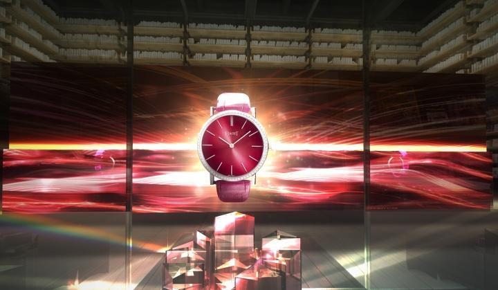 「ピアジェ アルティプラノ」生誕60周年を祝って、銀座の新名所で時計とアートを融合したイベントを開催。