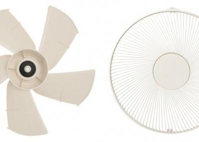 「プラスマイナスゼロ」の新扇風機が、より幅広く遠くまで爽やかな風をお届け!