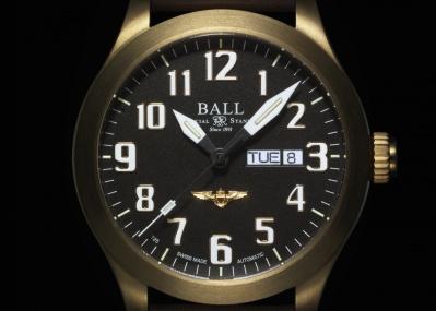 経年変化を楽しむ、ハイスペックなブロンズ時計。