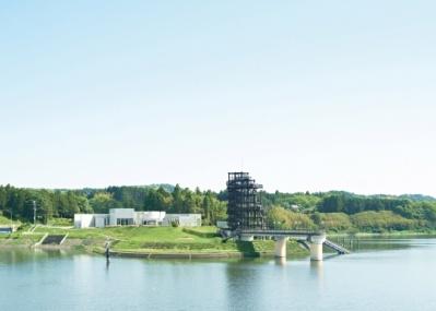 建築も新たに生まれ変わった、市原湖畔美術館に注目です。