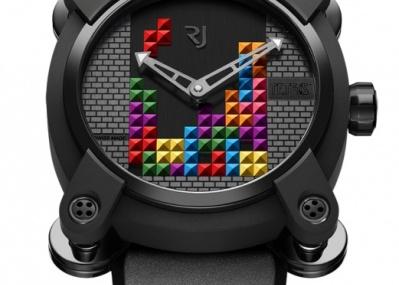 誰もが熱くなった「テトリス」が、 なんと腕時計のダイヤルになりました!