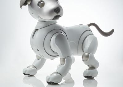 「愛」を搭載して華麗に復活した、元祖ロボット犬。