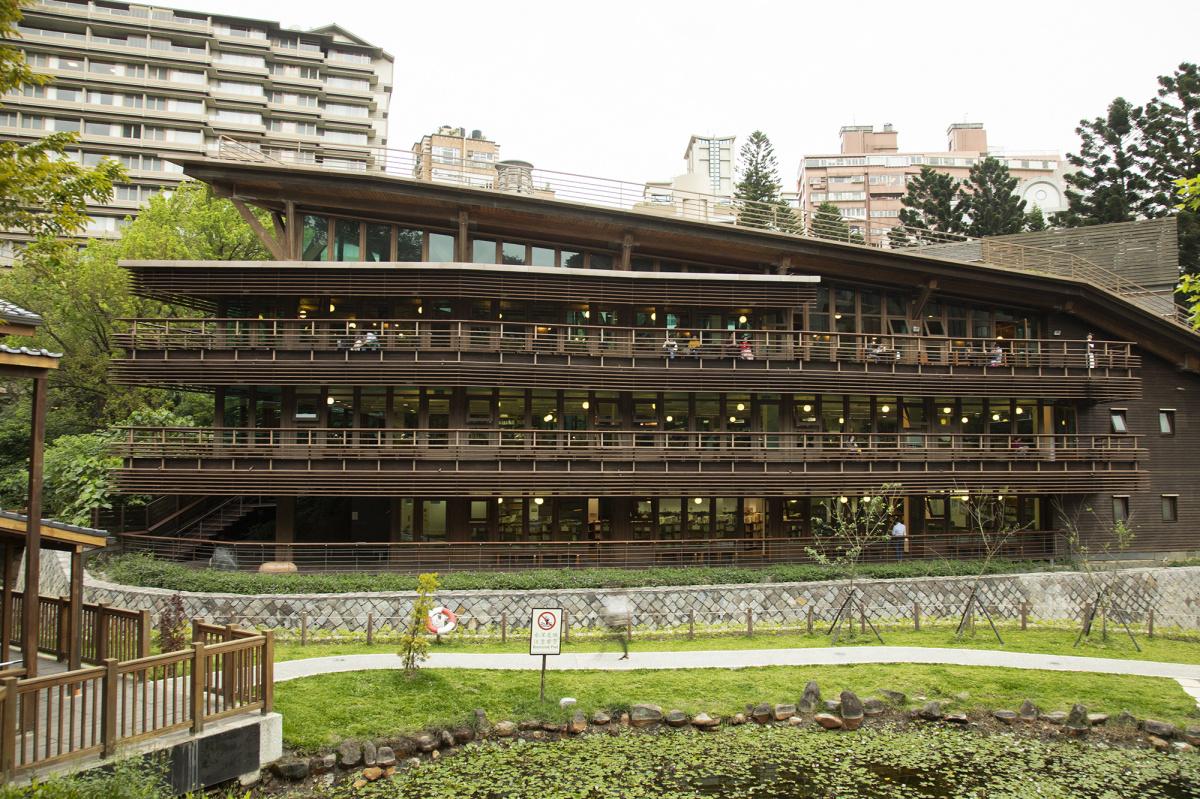 【台湾、もっと発見。】台北駅から30分、地下鉄で行ける北投温泉は都会のオアシス!