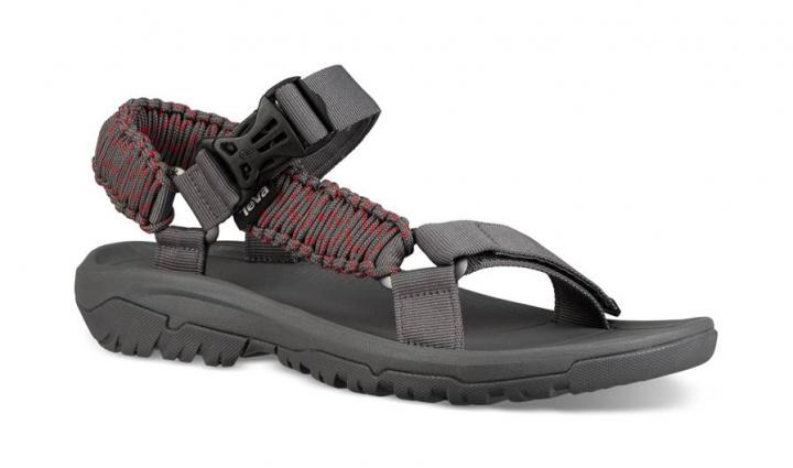 アウトドアで履きたい今夏の注目モデル! Teva×スノーピークのコラボサンダルを見逃すな。