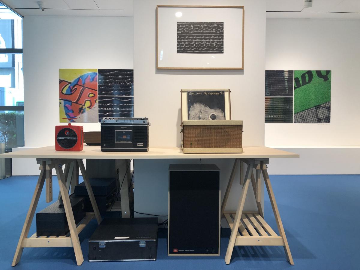 """これは新しい音楽体験?! 音を顕微鏡レベルで""""見せる""""、『音のかたち』展。"""
