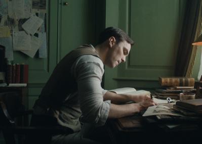 『指輪物語』や『ホビット』の原点はここにあった! 原作者の前半生を描いた『トールキン 旅のはじまり』が今夏公開。