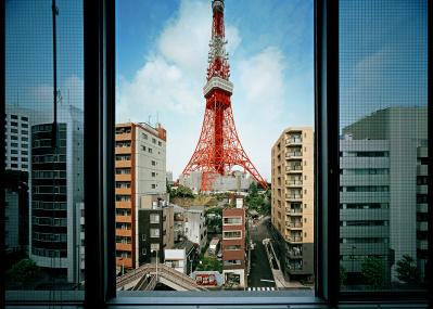 """写真家・中野正貴が撮り続ける""""予測不可能都市""""、東京。大規模個展でその軌跡をたどる。"""