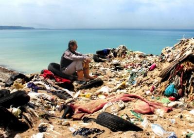 世界的なゴミ問題を扱ったドキュメンタリー、『TRASHED〜ゴミ地球の代償〜』。