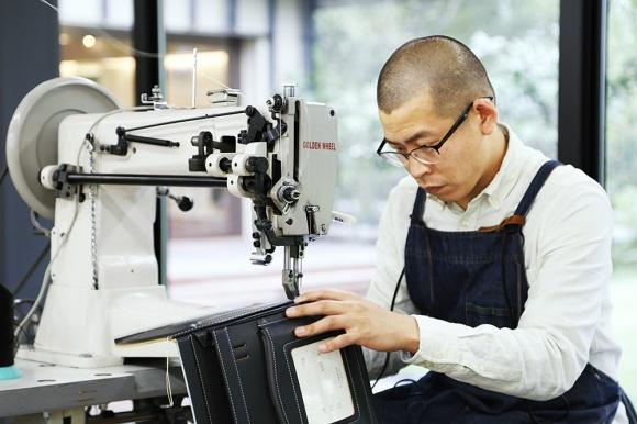 """""""ランドセルの名門""""が開いた新拠点、「土屋鞄製造所 軽井澤工房」にぜひ注目を。"""