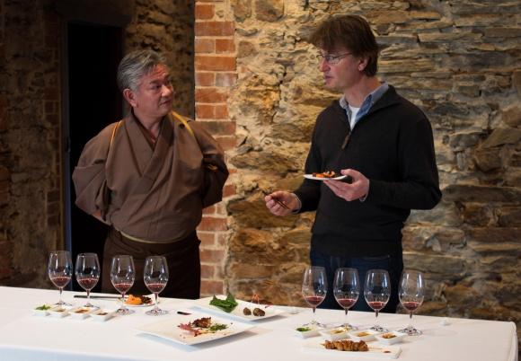 和食との相性がバツグンのワイン、ジェイコブス・クリーク「わ」赤が登場しました。