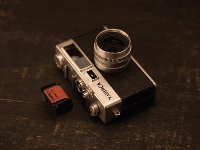 フィルム カメラ ヤシカ