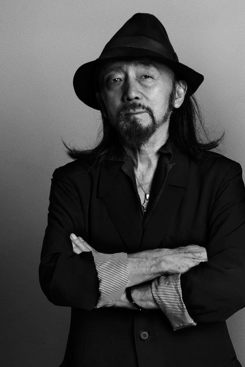 山本耀司がギターを携え、ブルーノート東京で19年ぶりの単独ライブを決行! 一夜限りの祭典をお見逃しなく。