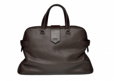 「エルメネジルド ゼニア大阪グローバルストア」のオープンを記念して、新作バッグが先行販売!