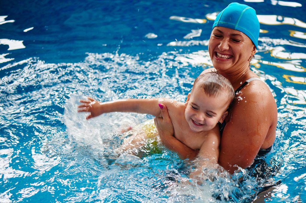 水泳 筋肉 水泳インストラクター パーソナルトレーニング ゼヒトモ zehitomo