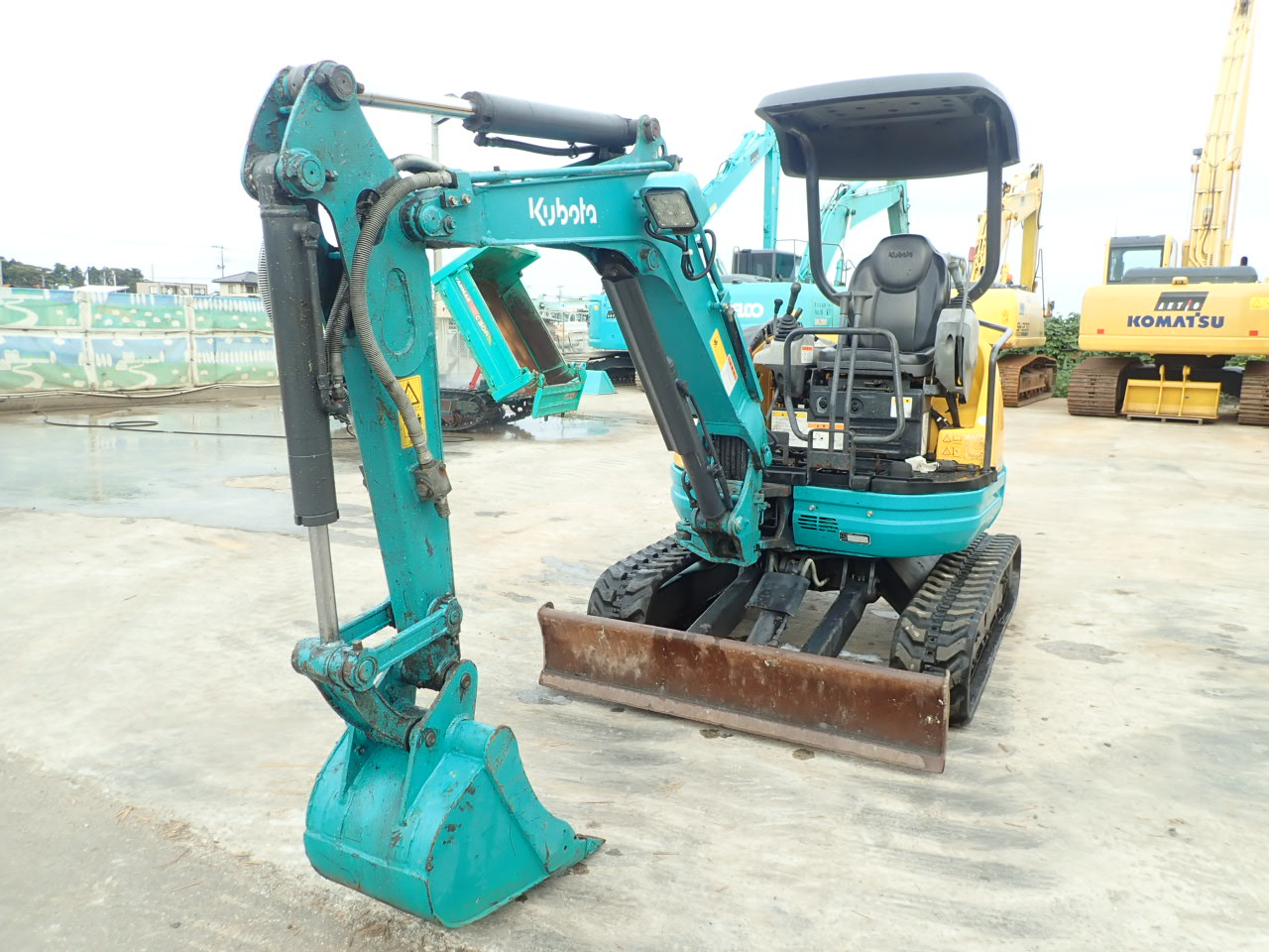 MIni excavators KUBOTA U-20-3S