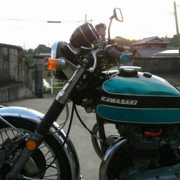 オートバイ の 島 の 彼 彼女