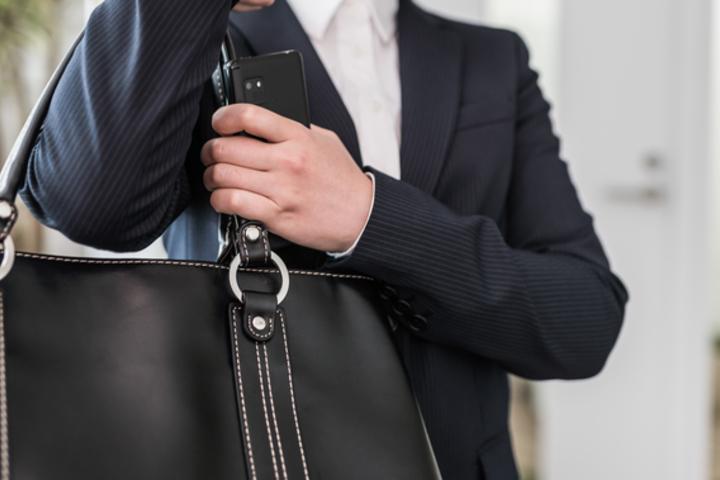 説明会では鞄にも気を抜くな!ベストな鞄とは一体どんなもの?