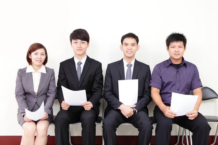 就職活動で必ず聞かれる企業選びの軸に対する面接対策の例文のご紹介