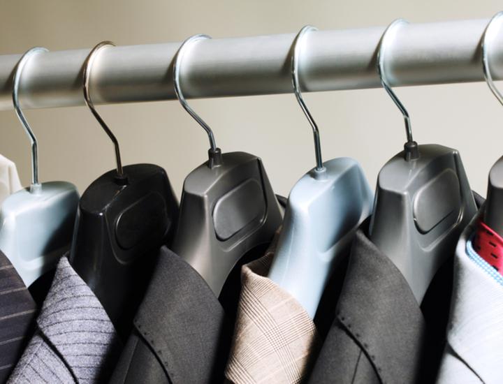 スーツ?私服?OB訪問ではどんな服装をすればいいの?