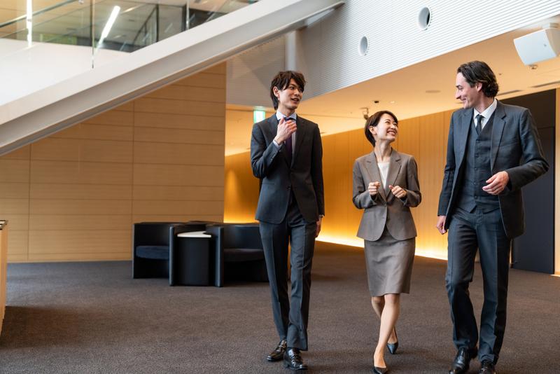 【英語力】外資系企業の就活・インターンで役立つ知識