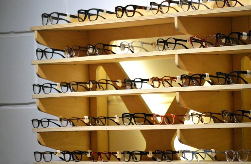 glasses_1916445_1920