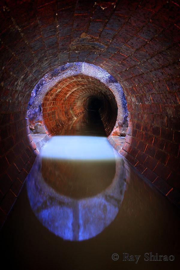 「さいたま市の、無名のれんが円形管です。直径90cm。れんがで正円形なのは珍しいです」