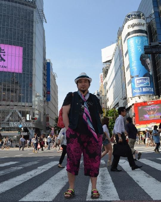 渡辺篤さん=東京都渋谷区の渋谷駅前