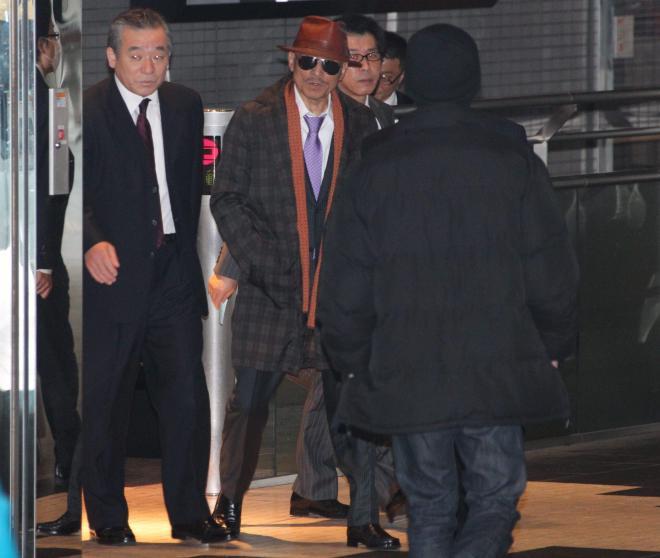 山口組トップの篠田建市組長。出所し、府中刑務所から神戸へ向かっていた時の写真。2011年4月9日