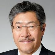 佐治信忠氏。1899年に大阪で創業したサントリーは、信忠氏まで4代にわたり、創業家の佐治家と鳥井家から社長を出してきた