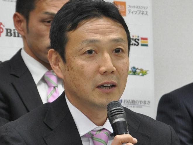 藤枝MYFC新監督に就任した水島武蔵氏