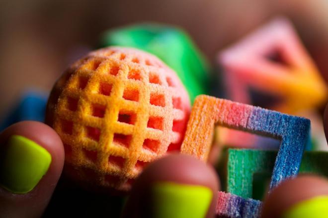新型の3Dプリンターでつくった砂糖菓子