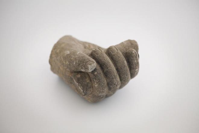 原爆で崩壊した浦上教会の聖像の手首