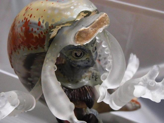大王イカをテーマにしたフィギュア。透明感とグロさが絶妙なバランスです