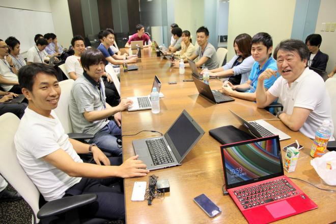 DMMグループの方針を決める幹部会議=古田大輔撮影