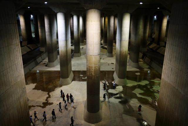 都会を水害から守る巨大「地下神殿」