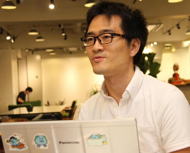 取材に同席した堅田航平氏(財務担当ヴァイス・プレジデント)。「投資家の皆さんからは、『黒字化は急がず、時間をかけて良いユーザーを集めることに集中せよ』と言われている」