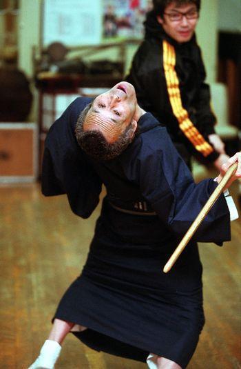 福本清三さん=2000年12月13日、東京都新宿区で