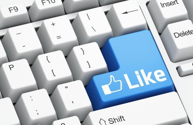 「フェイスブック」を当初「フェースブック」と書いていたのは、日本語になる時は長音の形になるのが一般的だったから