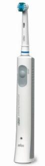 1999年発売の「D15」。世界初の上下振動と左右反転運動を組み合わせた「三次元音波振動」を実現。