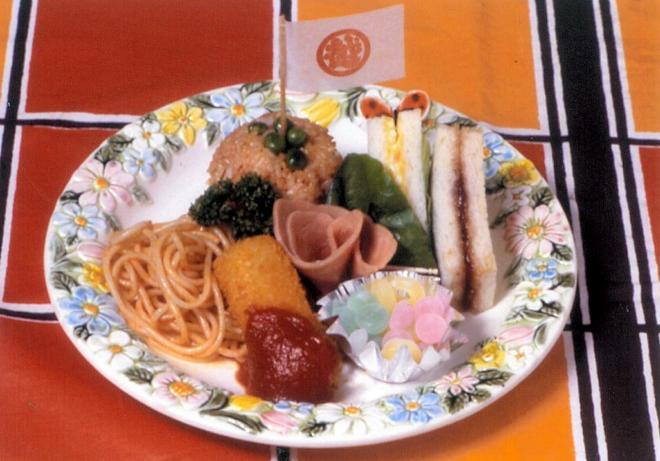 三越の1930年の「御子様洋食」の再現