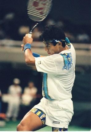1992年、グンゼWテニスでの松岡修造氏。リチャード・クライチェックに決勝戦で敗れた