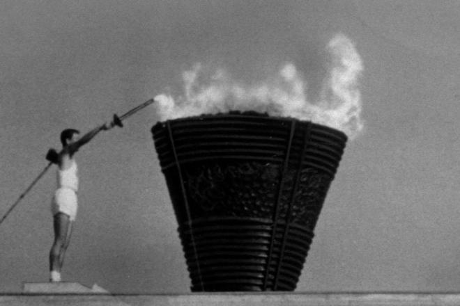 1964年10月10日 東京五輪開会式